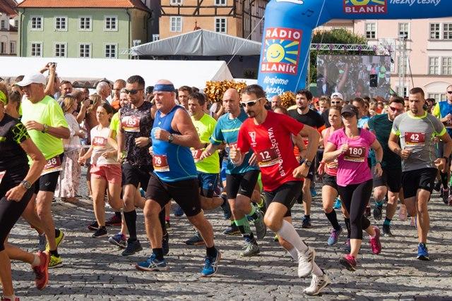Do Chebu opět zamíří běžci z celé České republiky. Na konci srpna poměří síly na Valdštejnově desítce