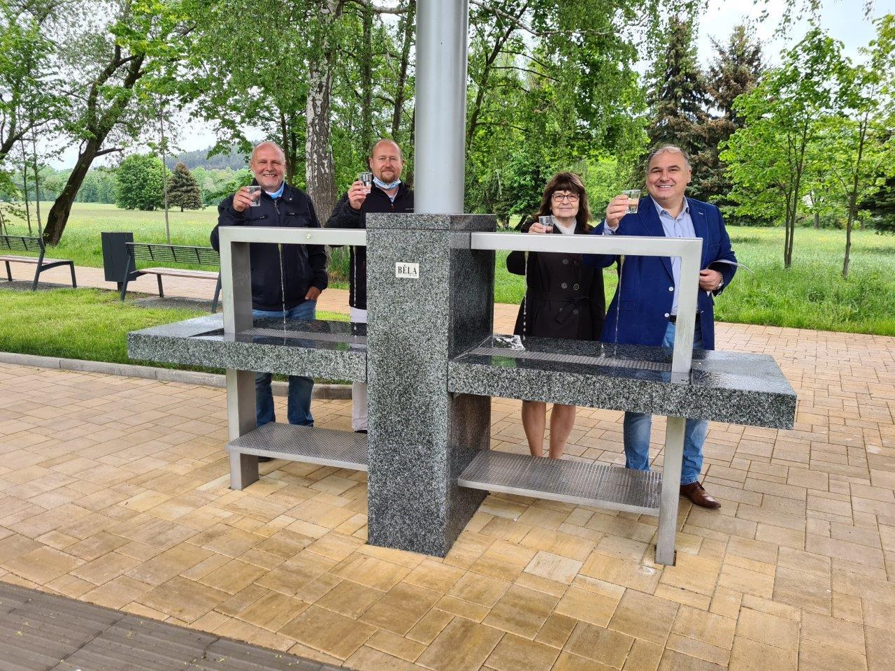 Malé lázně v Bělovsi zvou do nového informačního centra a k ochutnání minerálky z letních pítek
