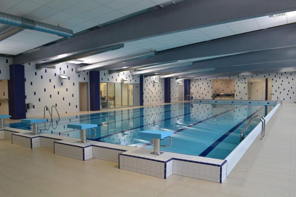 Plavecký bazén ve Varnsdorfu.