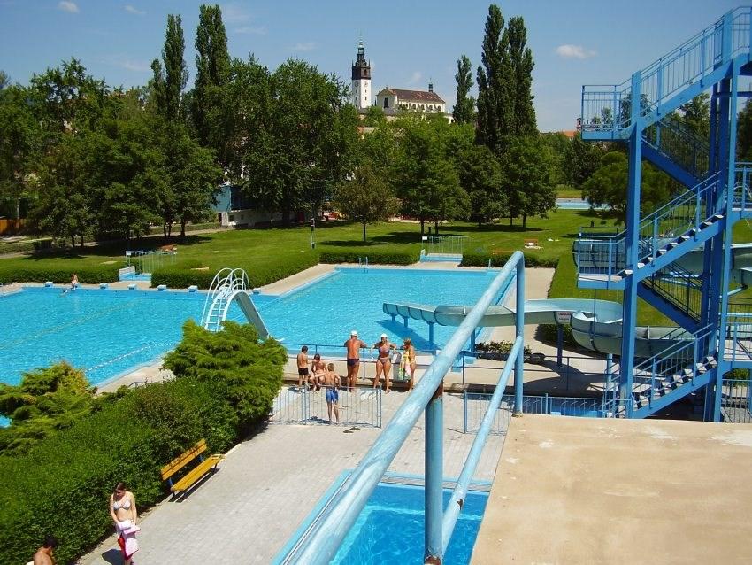 Letní koupaliště v Litoměřicích.