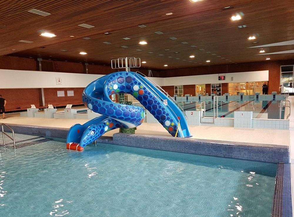 Dětská skluzavka KOBRA na Plaveckém bazénu v Jablonci nad Nisou.