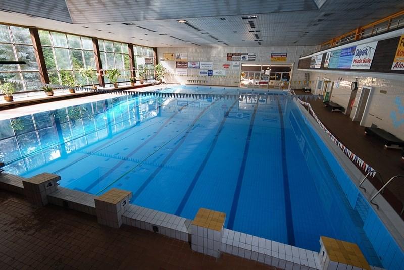 Krytý bazén v Trutnově.