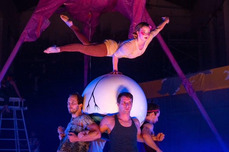 """Cirkus bude! Letní Letná je letos """"light"""", přesto s vydatným českým i zahraničním programem"""