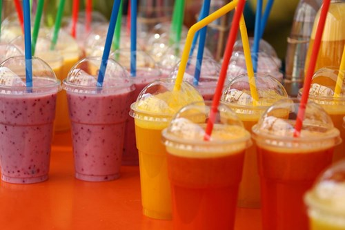 Výborné a zdravé? Čtyři tipy na letní dobroty pro děti, které hravě zvládnete připravit doma